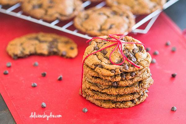 chewy peanut butter chocolate chip cookies {gluten-free/dairy-free }